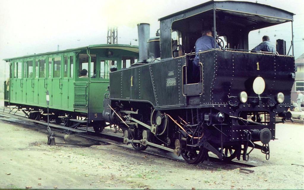 Lok 1 mit grünem Waggon