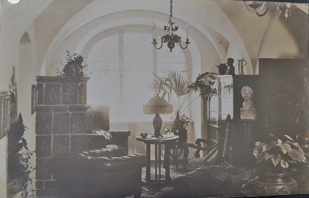 Gang als Wohnraum (Sammlung Beatrix Pirchner)